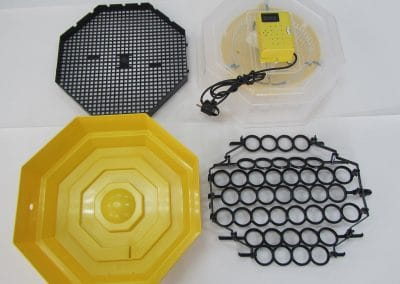 Полуавотматичен инкубатор за 41/60  яйца с влагомер