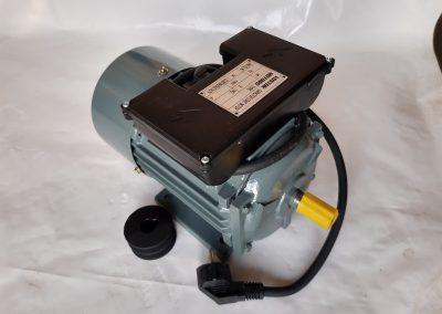 Монофазен електромотор 1,1 кв. чугунен корпус