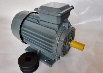 Трифазен електромотор 4кв. 3000 оборота мед