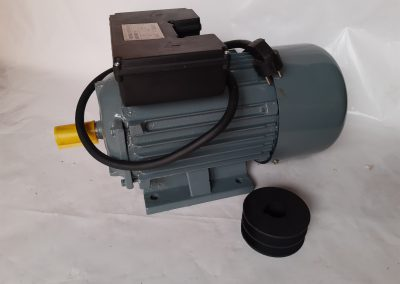 Монофазен електромотор 3кв. 1500 оборота чугунен корпус