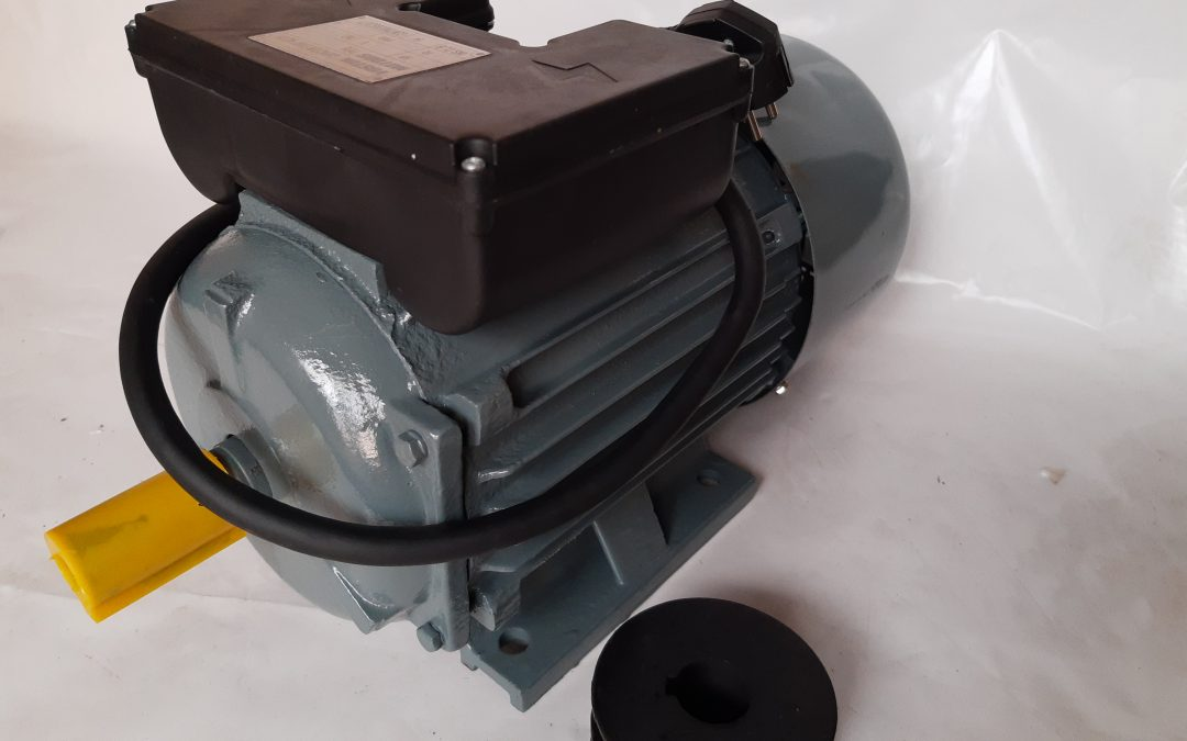 Монофазен електромотор 3 кв. 3000 оборота чугунен корпус
