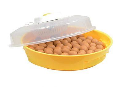 Инкубатор с ръчно завъртане за 70 яйца // 90,00лв